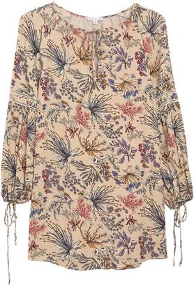 Socialite Floral Print 3/4 Sleeve Shift Dress