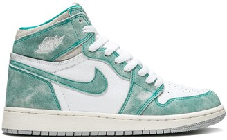 Nike Kids TEEN Air Jordan 1 Retro High OG sneakers