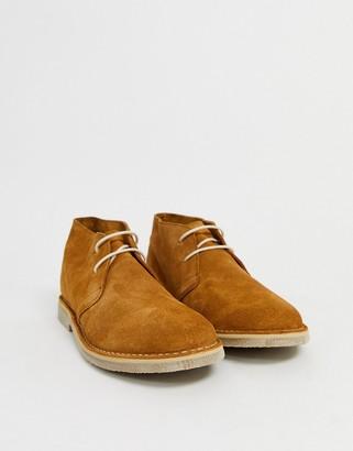 ASOS DESIGN desert chukka boots in tan suede