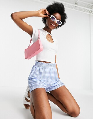 New Look cutout keyhole crop tee in white