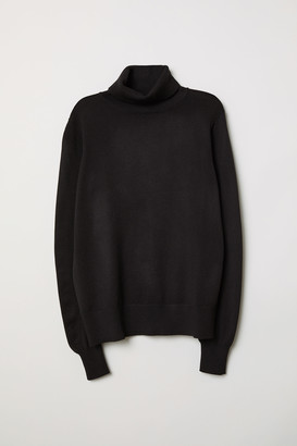 H&M Fine-knit Turtleneck Sweater