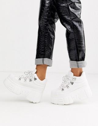 Bershka super chunky sole boots in white