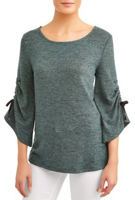 Concepts Women's Bell Sleeve Holiday Top