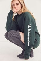 Champion + UO Powerblend Crew-Neck Sweatshirt
