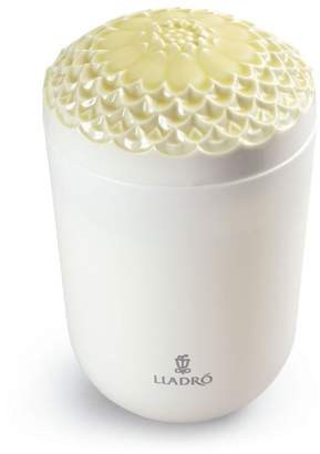 Lladro Tropical Blossoms Echoes of Nature Candle