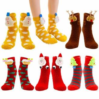 Moamun 5 Pairs Xmas Fuzzy Socks Cozy Slipper Socks Cosy Cute Thermal Coral Fleece Socks Winter Warm Thick Home Socks For Women Girls Reindeer Snowflake 3D Pattern