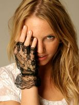 Ruffle Lace Fingerless Glove