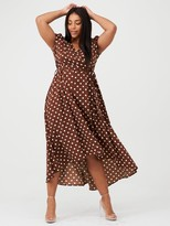AX Paris Curve Spotted Dip Hem Midi Dress - Brown