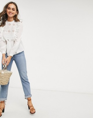 New Look cutwork frill top in off white