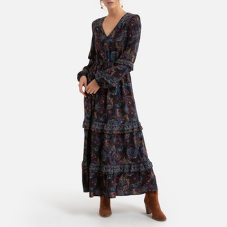 Molly Bracken Smocked Maxi Dress with V-Neck in Paisley Print