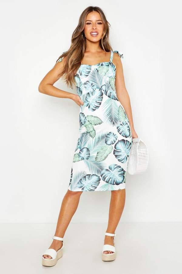 boohoo Petite Cupped Palm Print Midi Dress