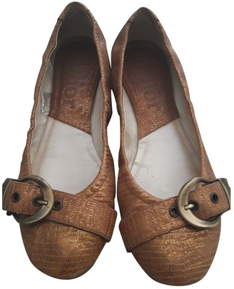 Christian Dior Gold Leather Ballet flats