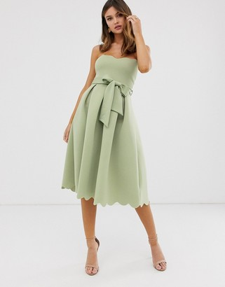 Asos Design DESIGN scallop bandeau midi prom dress-Green