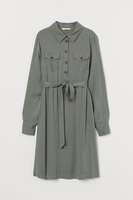 H&M MAMA Viscose Shirt Dress