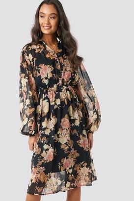 NA-KD Elastic Waist Chiffon Midi Dress