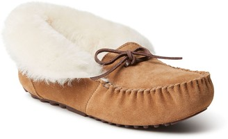 Dearfoams Women's Fireside by Genuine Shearling Foldover Moccasin Slipper