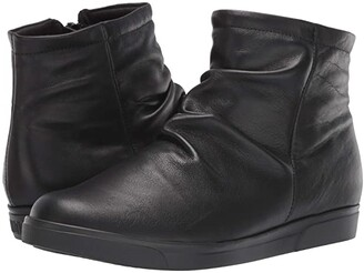 Munro American Abbot (Black Leather) Women's Shoes