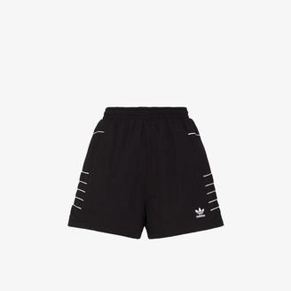 adidas Adicolor logo print shorts