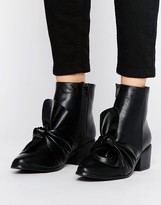 Missguided Bow Detail Ankle Boot
