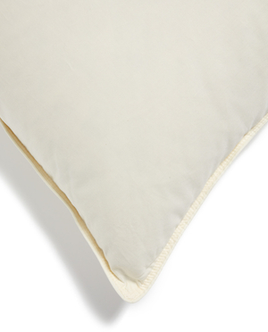 Belle Epoque Down Delight Collection Pillow (Firm)