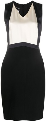 Chanel Pre Owned Two-Tone Dress