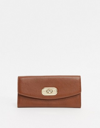 Paul Costelloe Leather Ladies' wallet With Gold Clasp In Tan