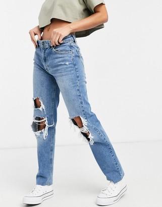 Stradivarius straight leg ripped jeans in medium blue