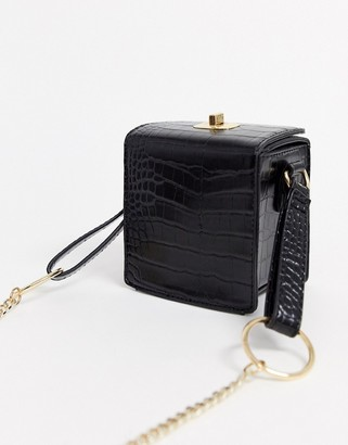 Asos Design DESIGN boxy cross body in croc-Black