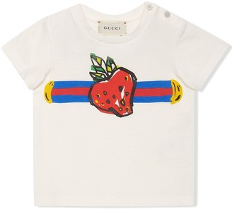 Gucci Kids baby T-shirt with web and strawberry print