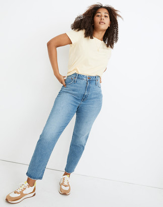 Madewell Petite Classic Straight Jeans in Nearwood Wash