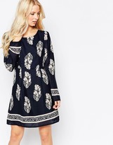 Iska Long Sleeve Shift Dress