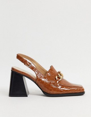 Raid Maeve sling back loafer shoes in tan with chain detail
