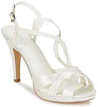 Menbur AMPARO women's Sandals in White