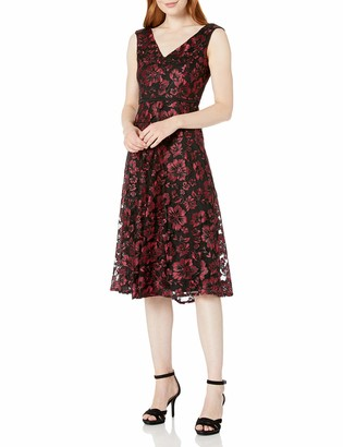 Taylor Dresses Women's Cap Sleeve Floral Lace Dress