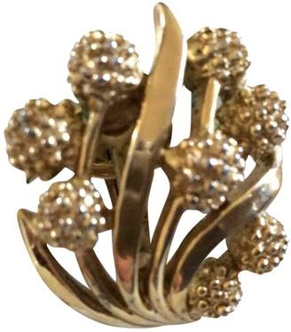 Trifari Gold Metal Earrings