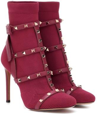 Valentino Garavani Rockstud Bodytech ankle boots