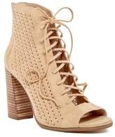 Vince Camuto Kevina Lace-Up Open Toe Sandal