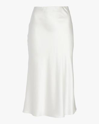 Adriana Iglesias Jadi Skirt
