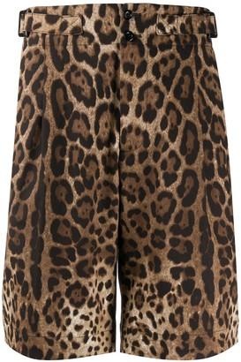 Dolce & Gabbana leopard print Bermuda shorts