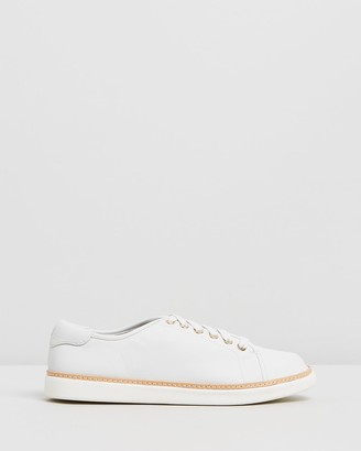 Vionic Leah Casual Sneakers