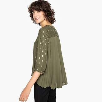 Vero Moda V-Neck Blouse with 3/4 Length Sleeves and Gold-Coloured Leaf Print