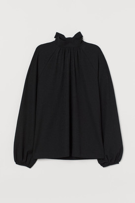 H&M Blouse with Tie Collar - Black