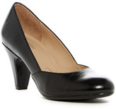 Naturalizer Lacey Pump - Wide Width Available