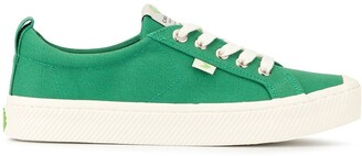 Cariuma OCA Low Green Canvas Sneaker