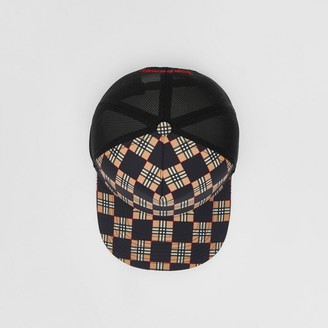 Burberry Chequer ECONY and Mesh Baseba Cap