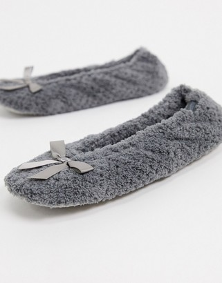 totes Isotoner ballet slippers in grey