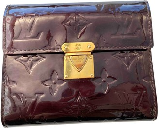 Louis Vuitton Koala Burgundy Patent leather Wallets