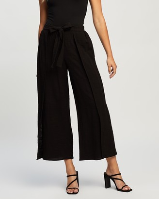 Atmos & Here Atmos&Here - Women's Black Cropped Pants - Adriana Relaxed Cotton Pants - Size 6 at The Iconic