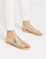 Raid RAID Ria stuper strappy flat sandals in gold metallic
