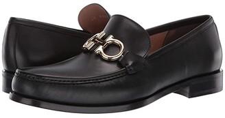 Salvatore Ferragamo Rolo Loafer (Black) Men's Shoes